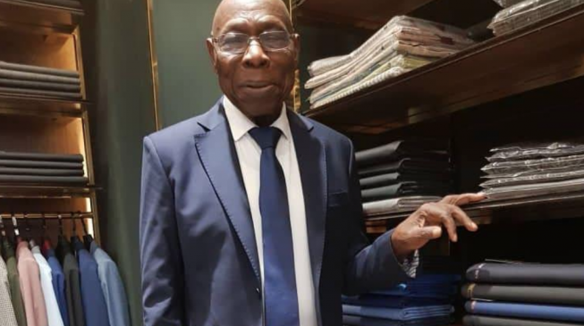 Obasanjo a Cikin Rigar Suit